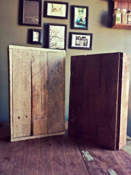 Prateleira de temperos rustica com paletes de madeira 3
