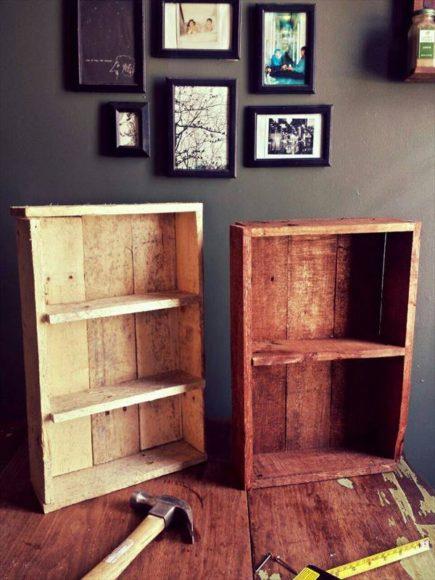 Prateleira de temperos rustica com paletes de madeira 4