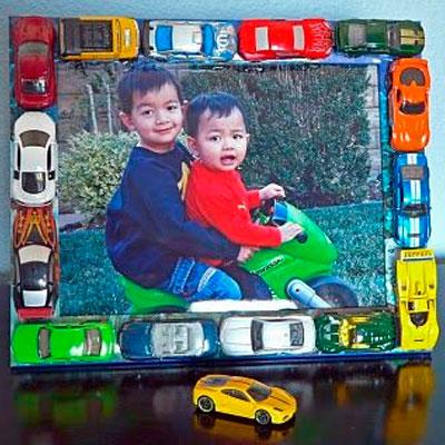 brinquedos-reciclados-na-decoracao-12