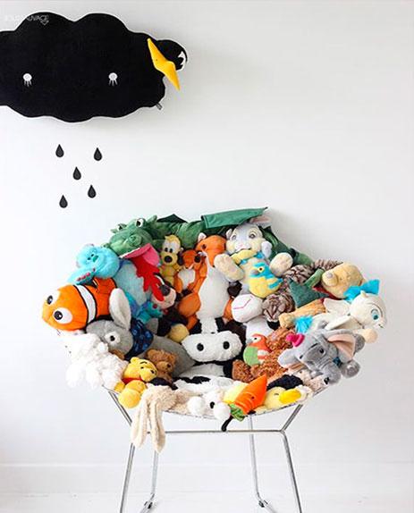 brinquedos-reciclados-na-decoracao-5