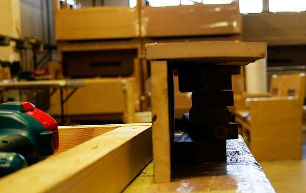 mesa-com-paletes-de-madeira-3