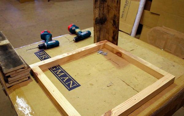mesa-com-paletes-de-madeira-5