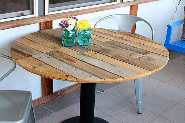 mesas-com-paletes-de-madeira-12