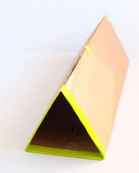 sapateira-com-caixa-papelao-5