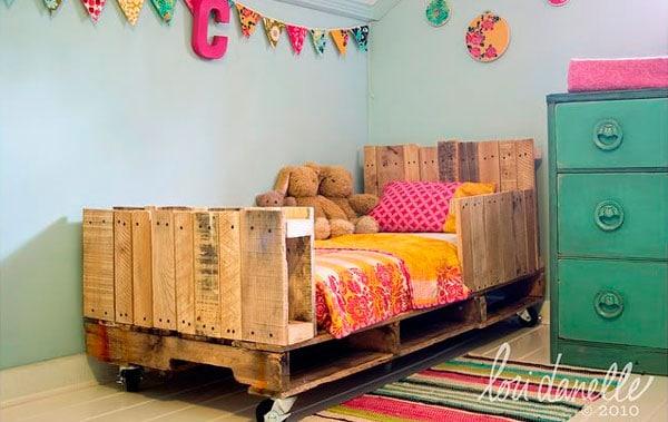camas-de-paletes-para-quartos-crianca-26