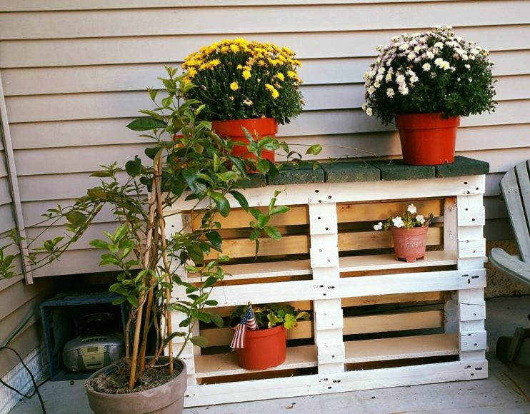 painted-pallet-pot-organizer