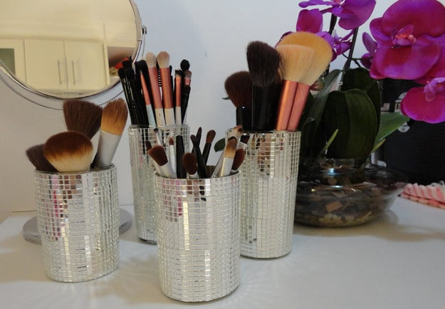 como organizar maquiagens