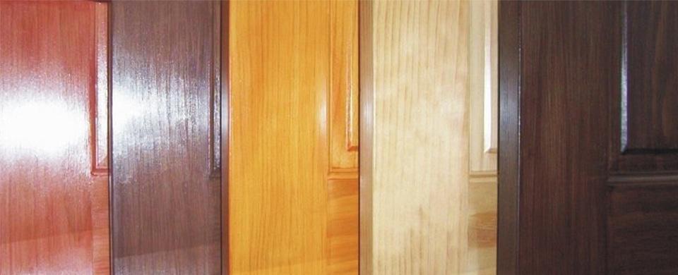 Dicas de como pintar madeira for Como pintar puertas de sapeli