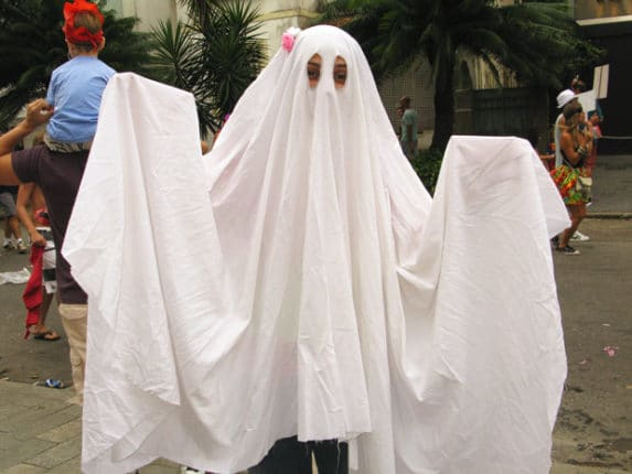 Fantasia de Halloween para fazer em casa