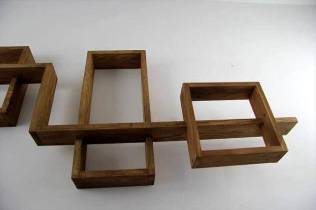 Prateleira com camadas tornando o design tridimensional