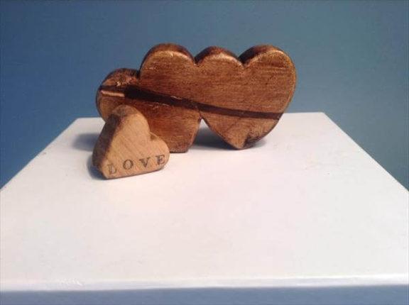 ideia de decoração de mesa em forma de coração