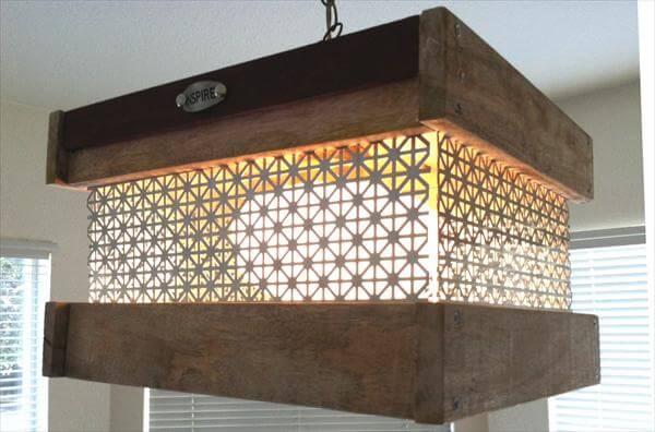 luminária de paletes feita em casa